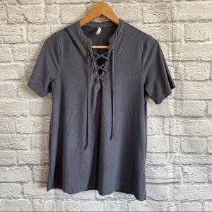 4/$20🍄 Z SUPPLY Gray/ Blue Lace Up Soft T-Shirt